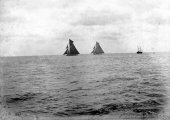 1049-Shamrock II and Columbia shortly after the start of the first race. 1901.