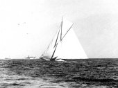 277-Columbia breaks out her balloon jib topsail. 1901.