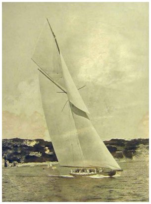 THE GRAPHIC July 6, 1914 - Shamrock IV undergoing her trials in Torquay