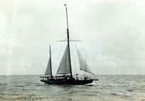 Shamrock IV enroute from Bermuda to New York August 1914.